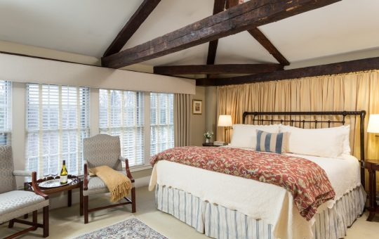Romantic rooms at Harbor Light Inn